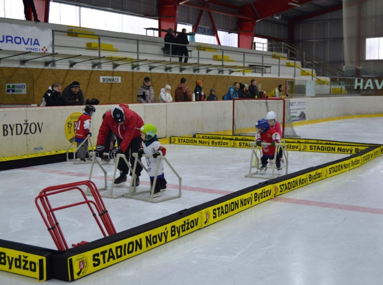 Týden hokeje v Novém Bydžově