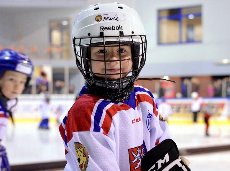 Přestupy v mládežnickém hokeji: jak postupovat při změně klubu
