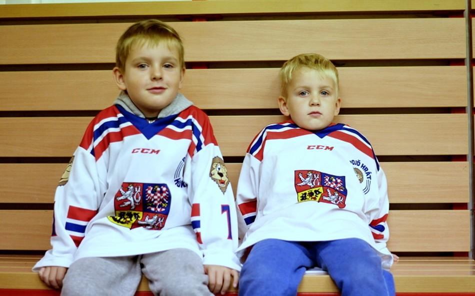 03pojd-hrat-hokej03.JPG