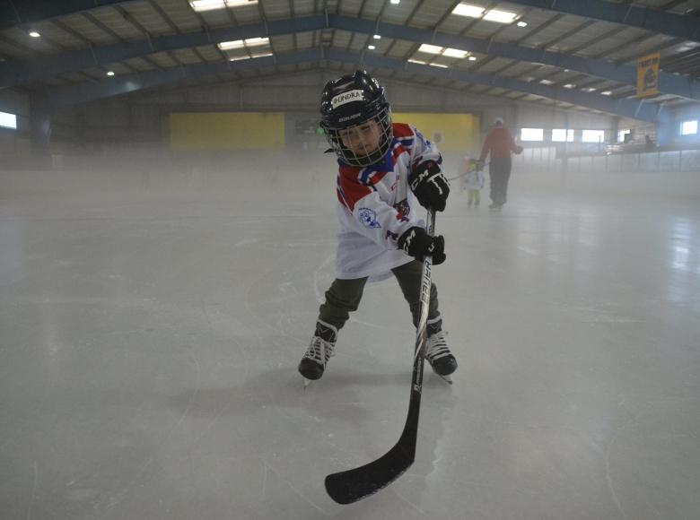 Týden hokeje v Neratovicích